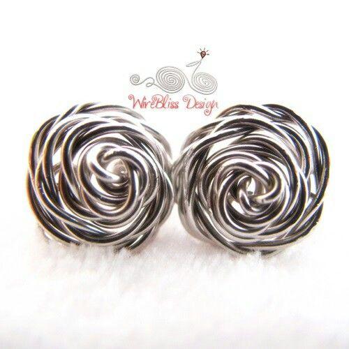Cool wire jewelry idea!