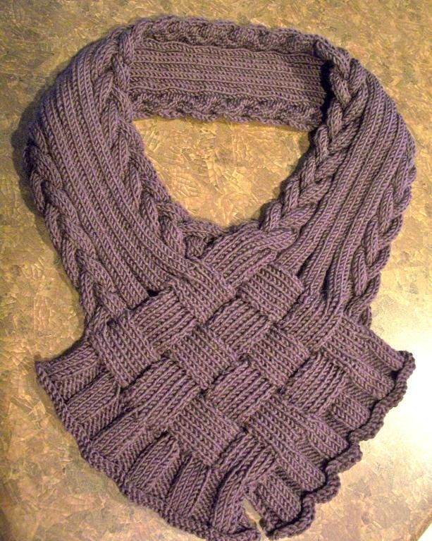 Finger Knitting Scarf : Braided finger scarf patterns and shirt