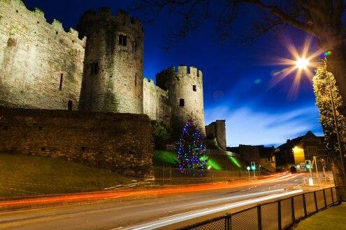 Castillo Conwy – North Wales! Esta fortificación medieval fue construida por Eduardo I en 1283 y costó aproximadamente £ 15.000.