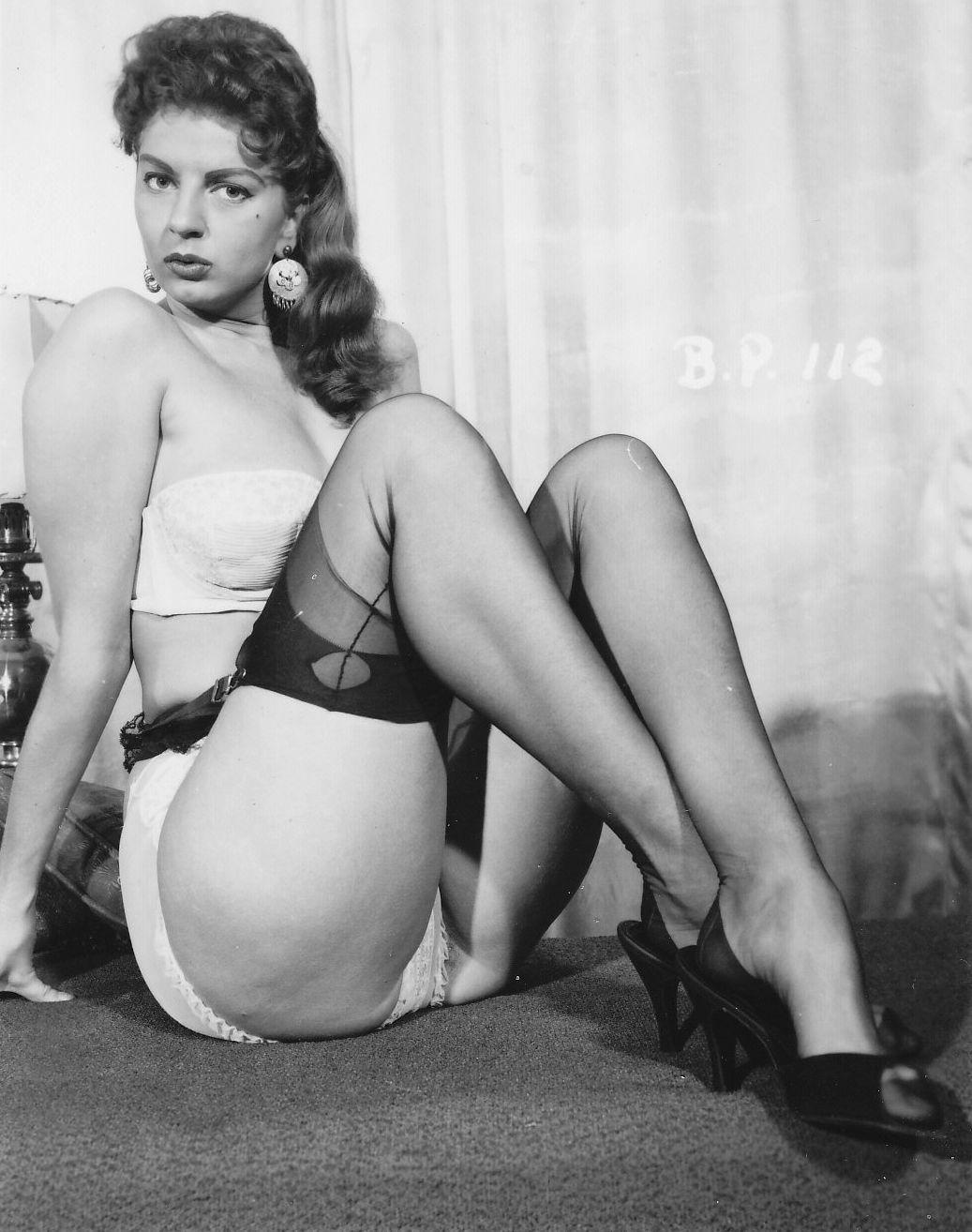 британская эротика ретро фильмы женщине