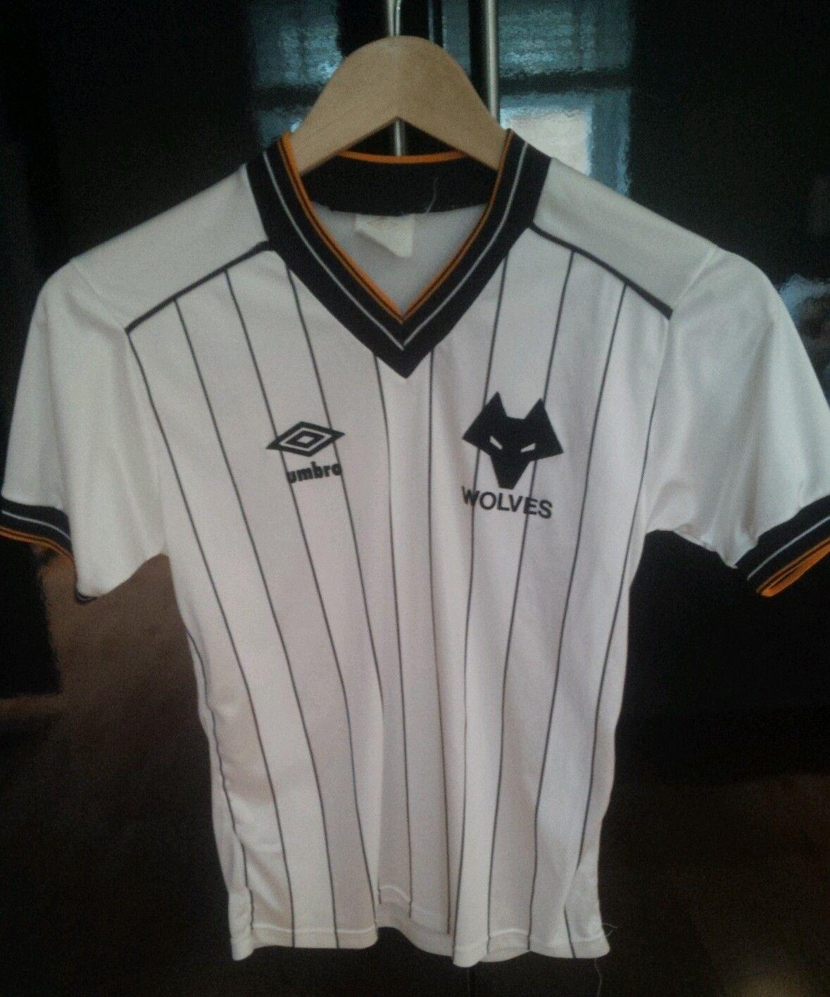 1982 Wolverhampton Wanderers shirt White pin stripe away  331f4afbf