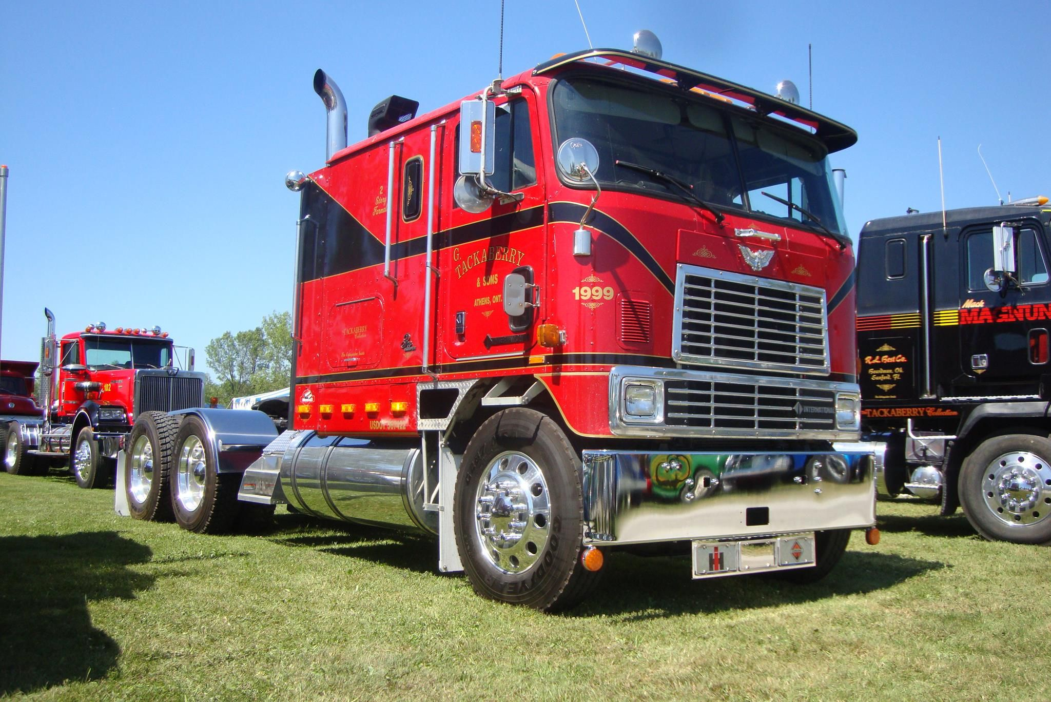 Now that's a nice Cab-Over!! | classic cabovers | Trucks