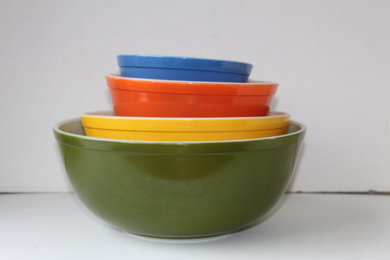 Vintage Pyrex Reverse Primary Mixing Bowl Set, Green, Yellow, Orange ...