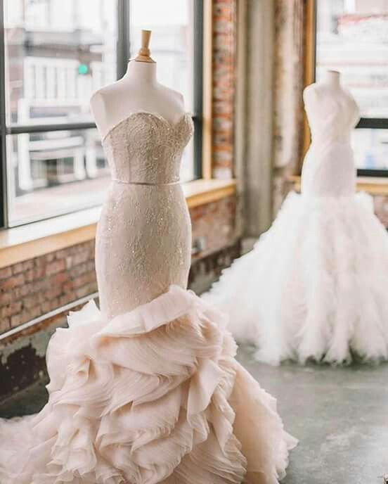 Like art on display The Gown Gallery #kansascity #style3612 ...