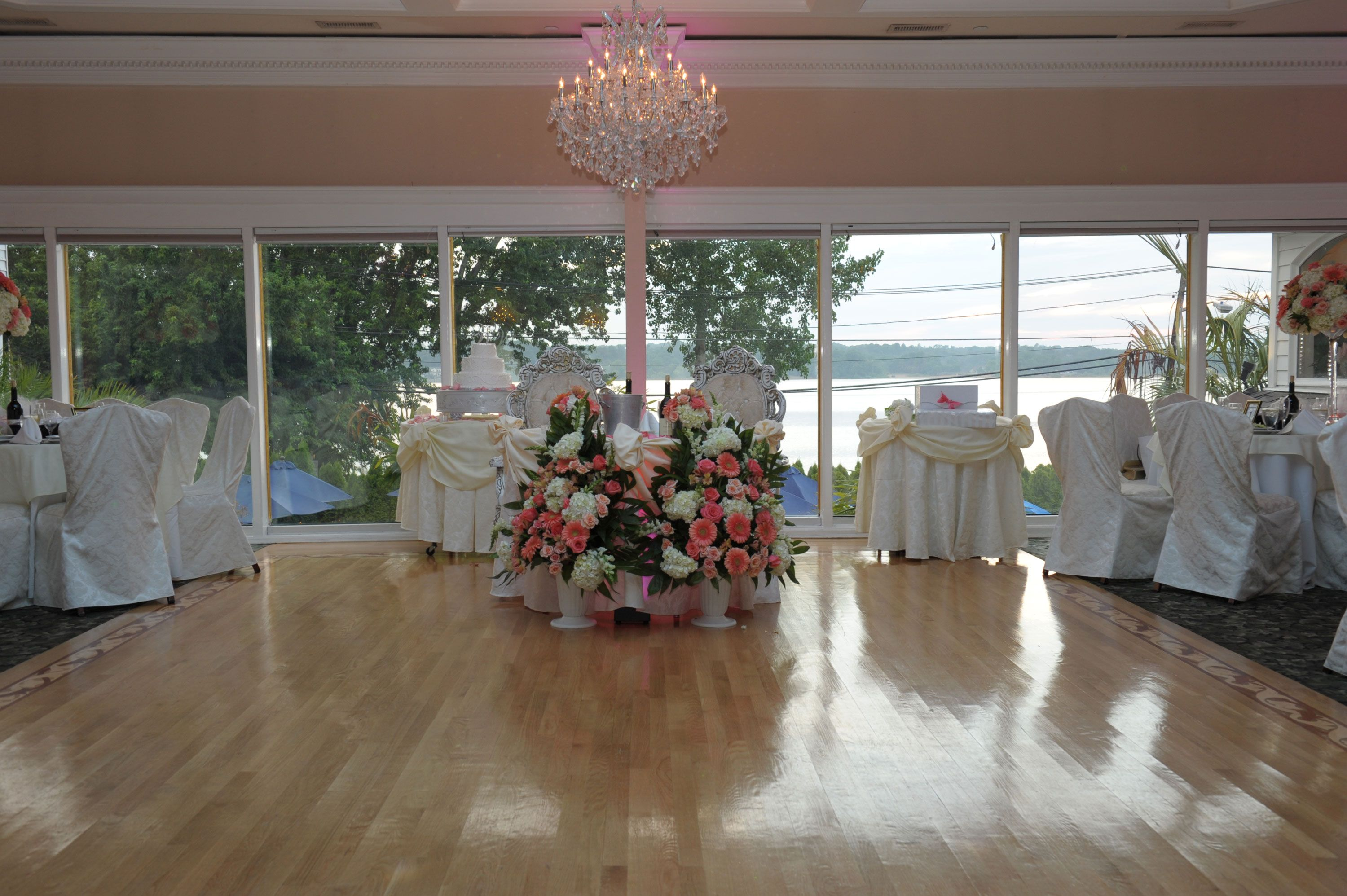 Rooms Gardens Gallery Windows On The Lake Wedding Venues