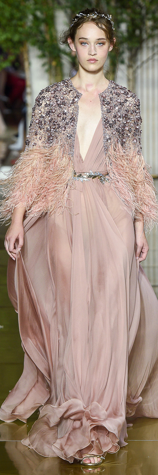 Zuhair murad fall winter haute couture collection pasarela