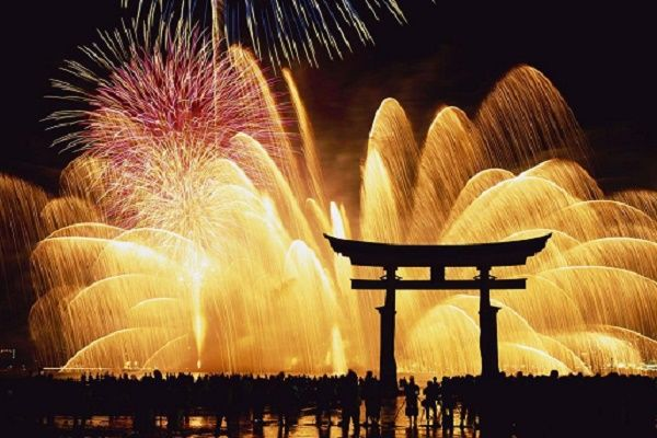 Japanese New Year Traditions Are Rooted In Buddhism And Shinto