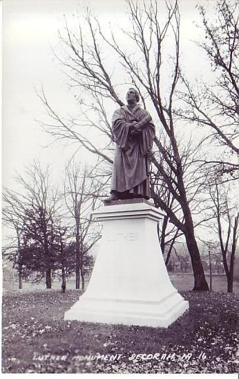 Decorah Iowa Luther Monument Decorah Is One Of The Prettiest Places On Earth This Is Most Certainly True Decorah Decorah Iowa Pretty Places