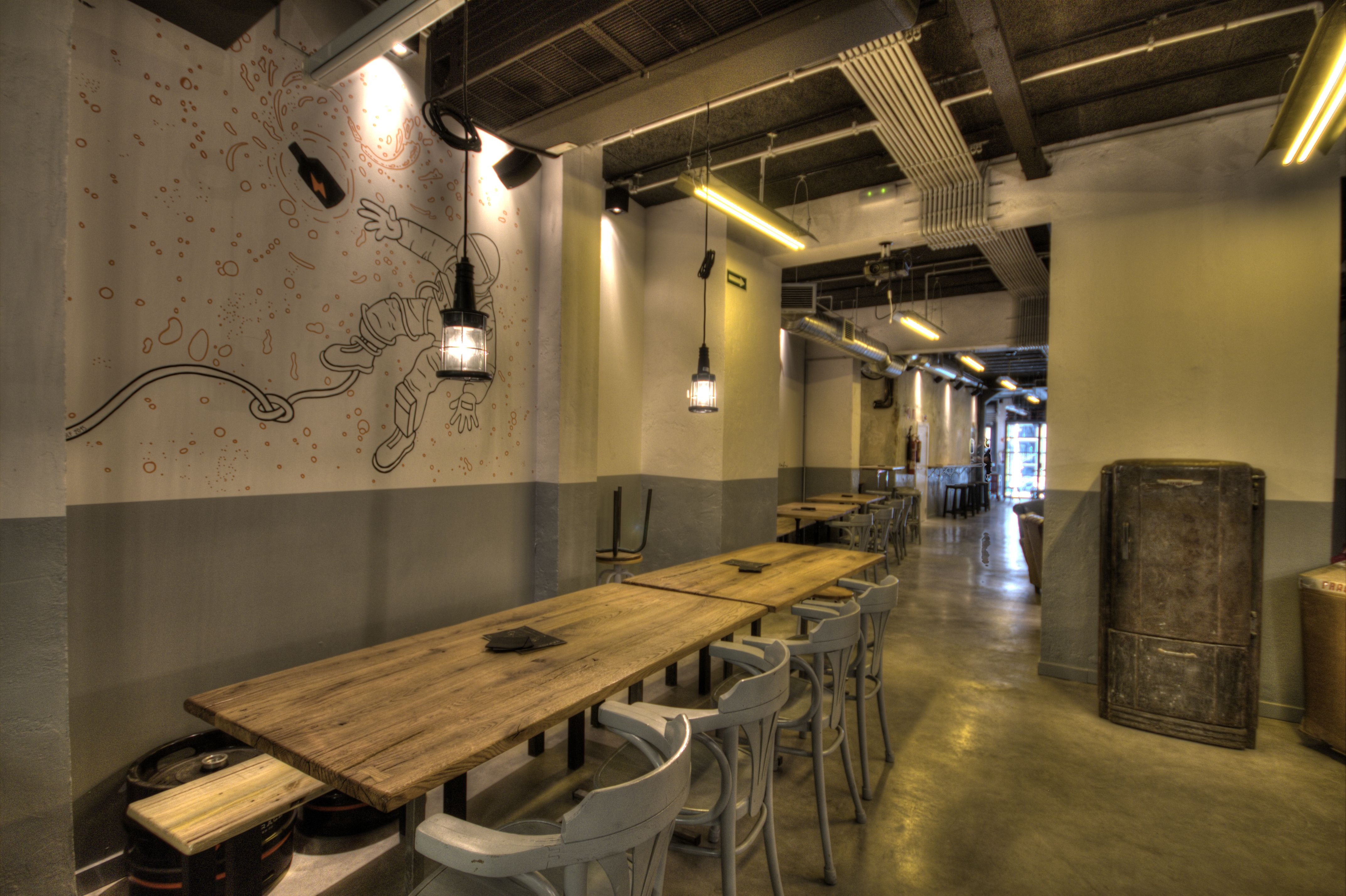 Beer, Barcelona, Craft Beer, Bar Designs, Lighting Design, Garages, Restaurant,