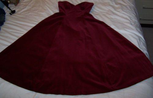 Red velvet dress size 14