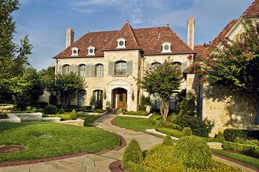 Traditional Exterior Photos Design Ideas Pictures Remodel And Decor Page 12 French Country Exterior Country Home Exteriors Country House Design