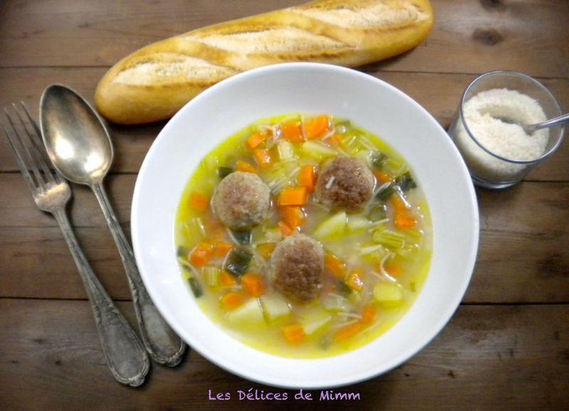 Photo of Parmesan meatball broth – Les Délices d …- Bouillon aux bo …