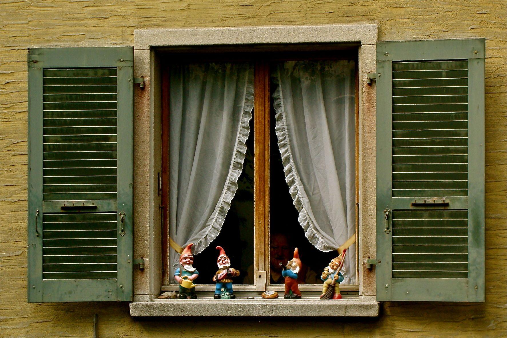 Antique Windows Old Doors And Windows Doors And Window