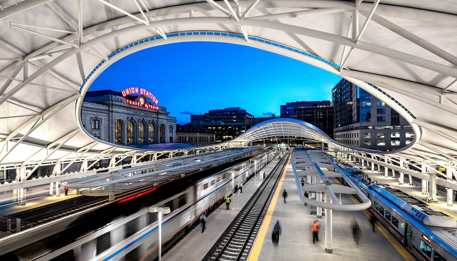 Denver's historic Union Station is a Beaux Arts masterpiece located on the edge of the city's central business district. SOM was commissioned to expand and transform this station into a major regional transportation hub. To do so, the firm converted