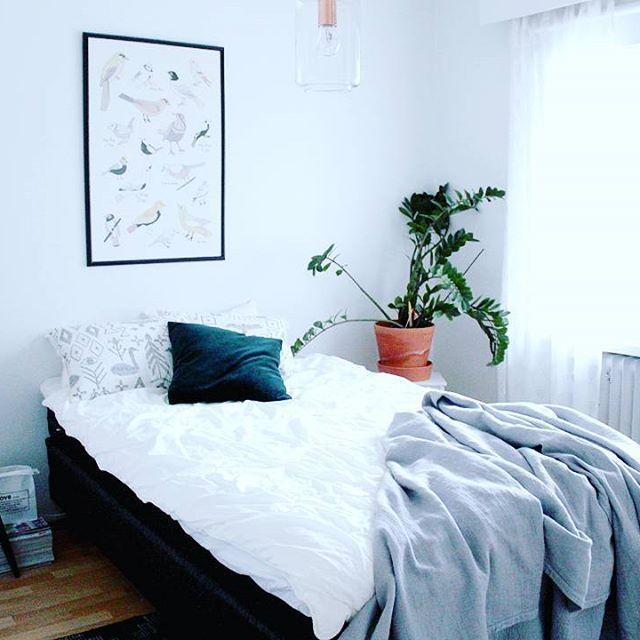 Makuuhuone pitkästä aikaa blogin puolella  #inredningsinspo #inspiration #inredning #inredningdesign #interiors #interiordesign #interior #homestyling #homedecor #decor #scandinaviandesign #scandinavianhome #nordichome #instahome #koti #sisustus #sisustusinspiraatio #inspiroivakoti #etuovisisustus #home #homesweethome