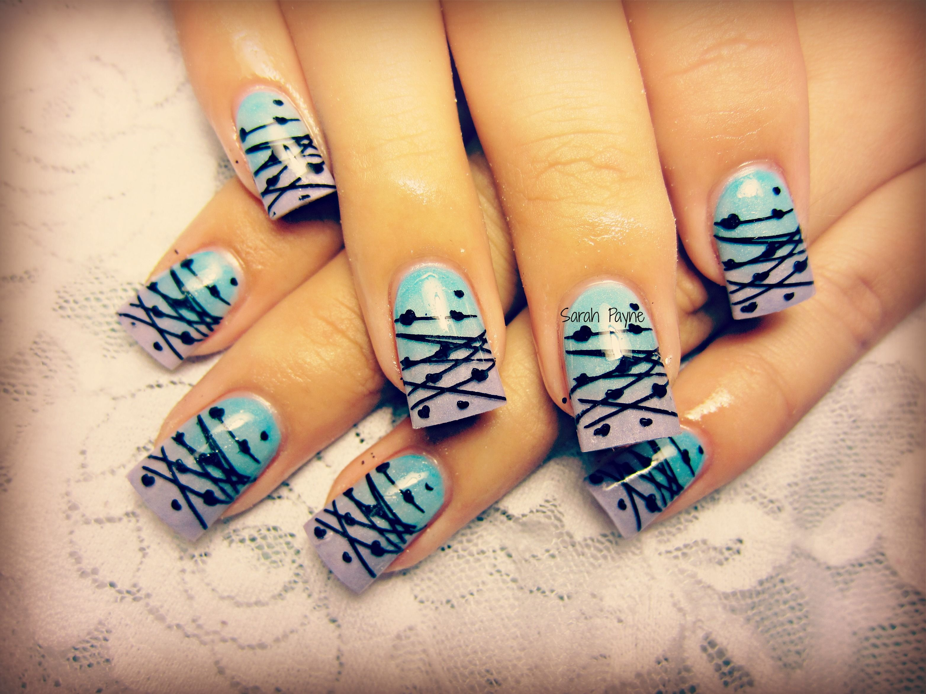 Hell on the heart, fade with heart stamp nail art :)
