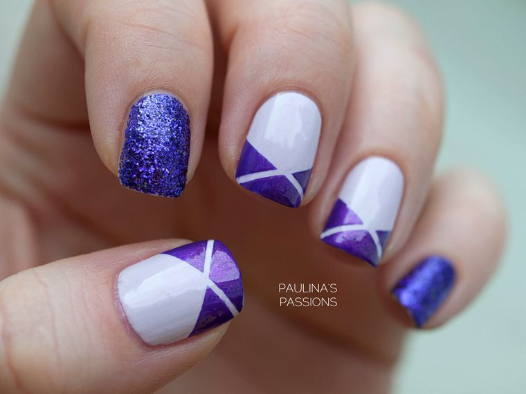 Purple and White Striped Nail Design with Tape - Paulina's Passions: Purple Striping Tape Nails Nails Pinterest