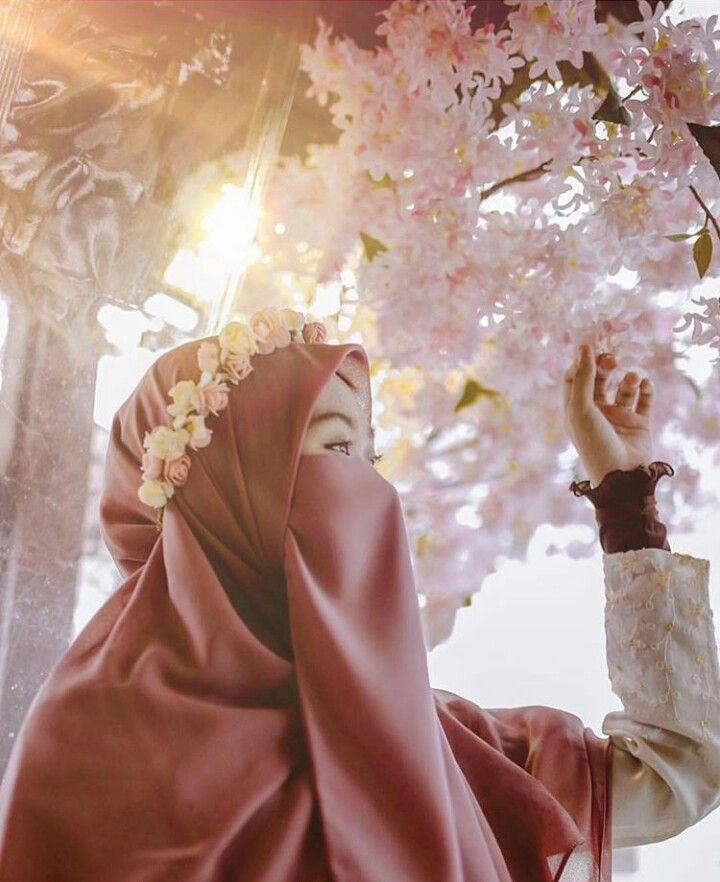 Цветами экзотическими, картинки мусульманские девушки с надписями аллах