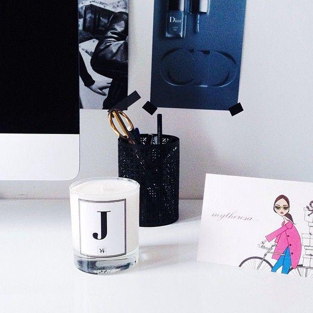 #noecandles #scentedcandle #soycandle #personalizedcandle #candles #office #officeinspo #home #homedecor #decoration #inspiration #mondays #monogram #initials #officedecoration #interior #interior4you #interior4all #interieur #interiør #interior #interiorstyling #interior2you #mondayblues #apple #mytheresa #blog #soycandles #scented #minimalistic