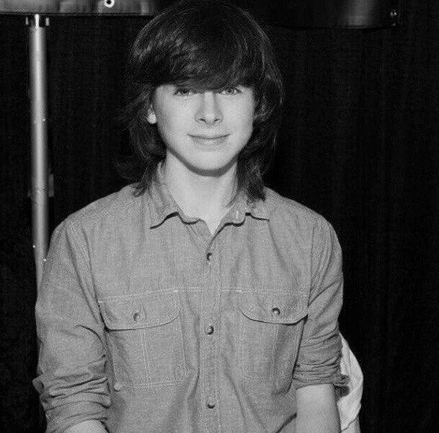 So cute ^^ Chandler Riggs