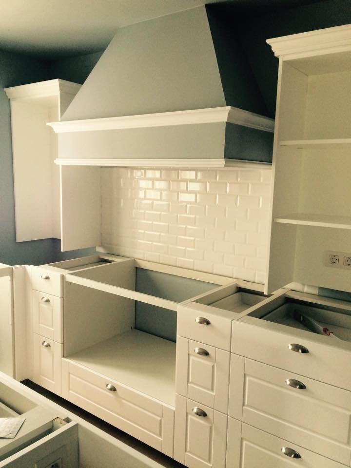 Campana extractora de pladur en cocina, azulejo metro white, para ...