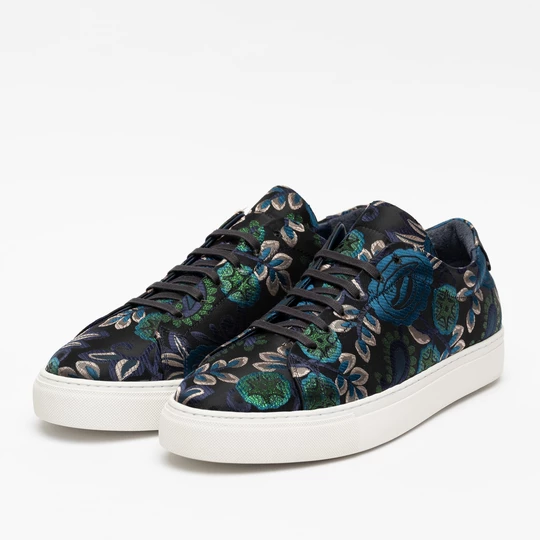 The Sneaker in Blue Floral – TAFT