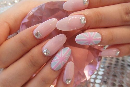 Pretty soft pink Union Jack #nails #nailart