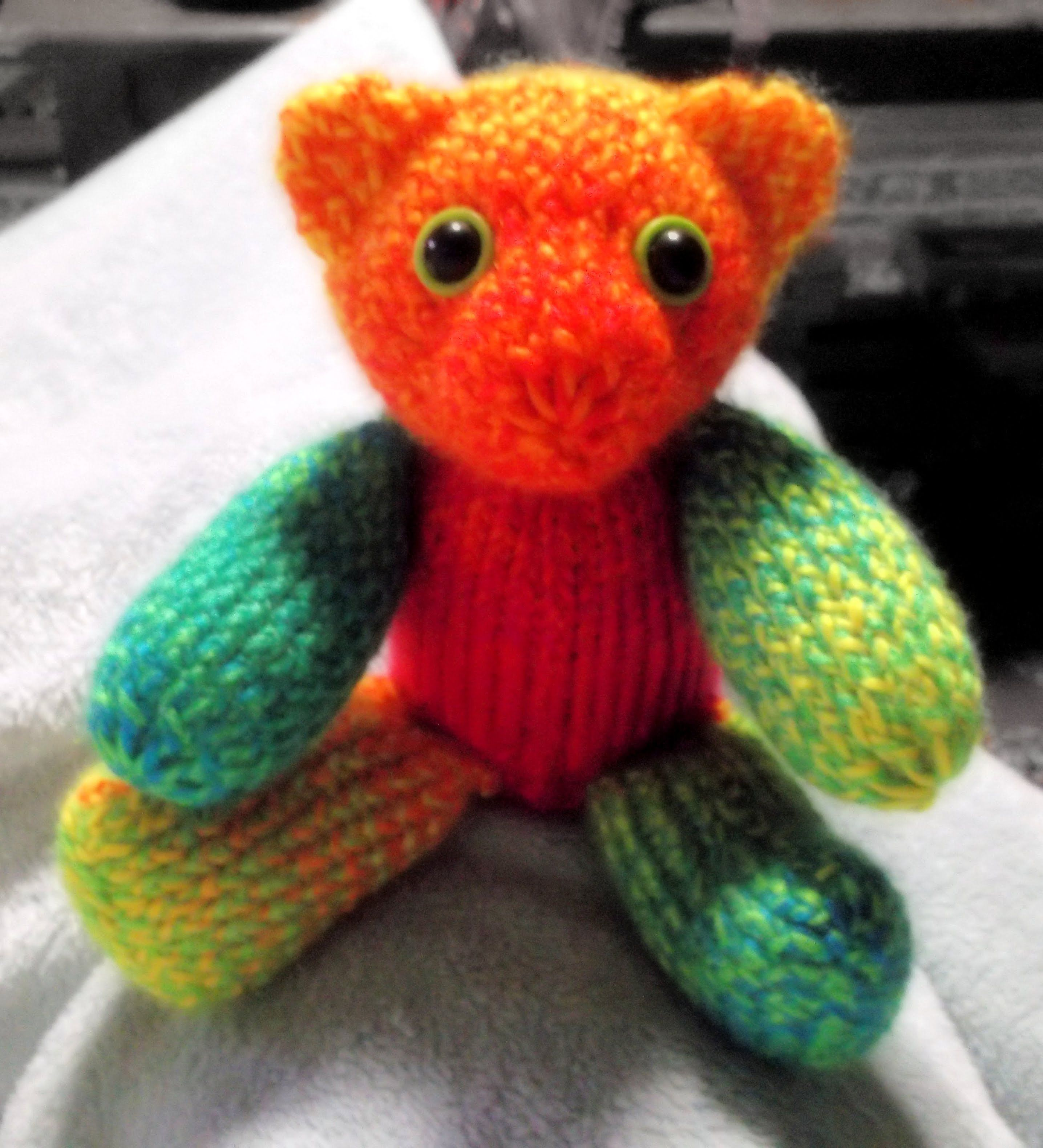 How to Loom Knit a Teddy Bear 36 pegs | Loom knitting projects ...