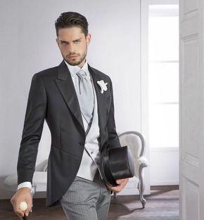 Costume homme complet gris pour cérémonie avec veste en queue de pie  chapeau haut de forme et cane 508b1fce862