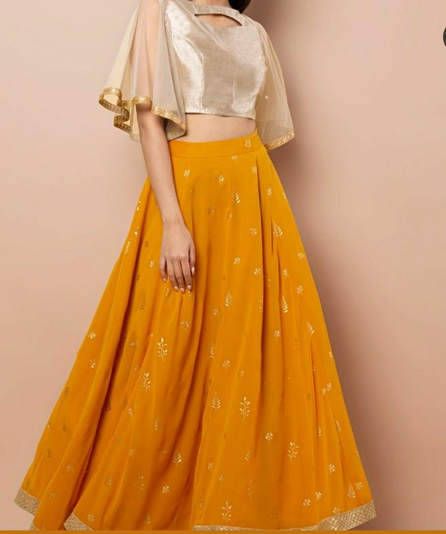 Pin by Tanvi Sheth on Gowns   Indian fashion dresses, Fancy blouse ...