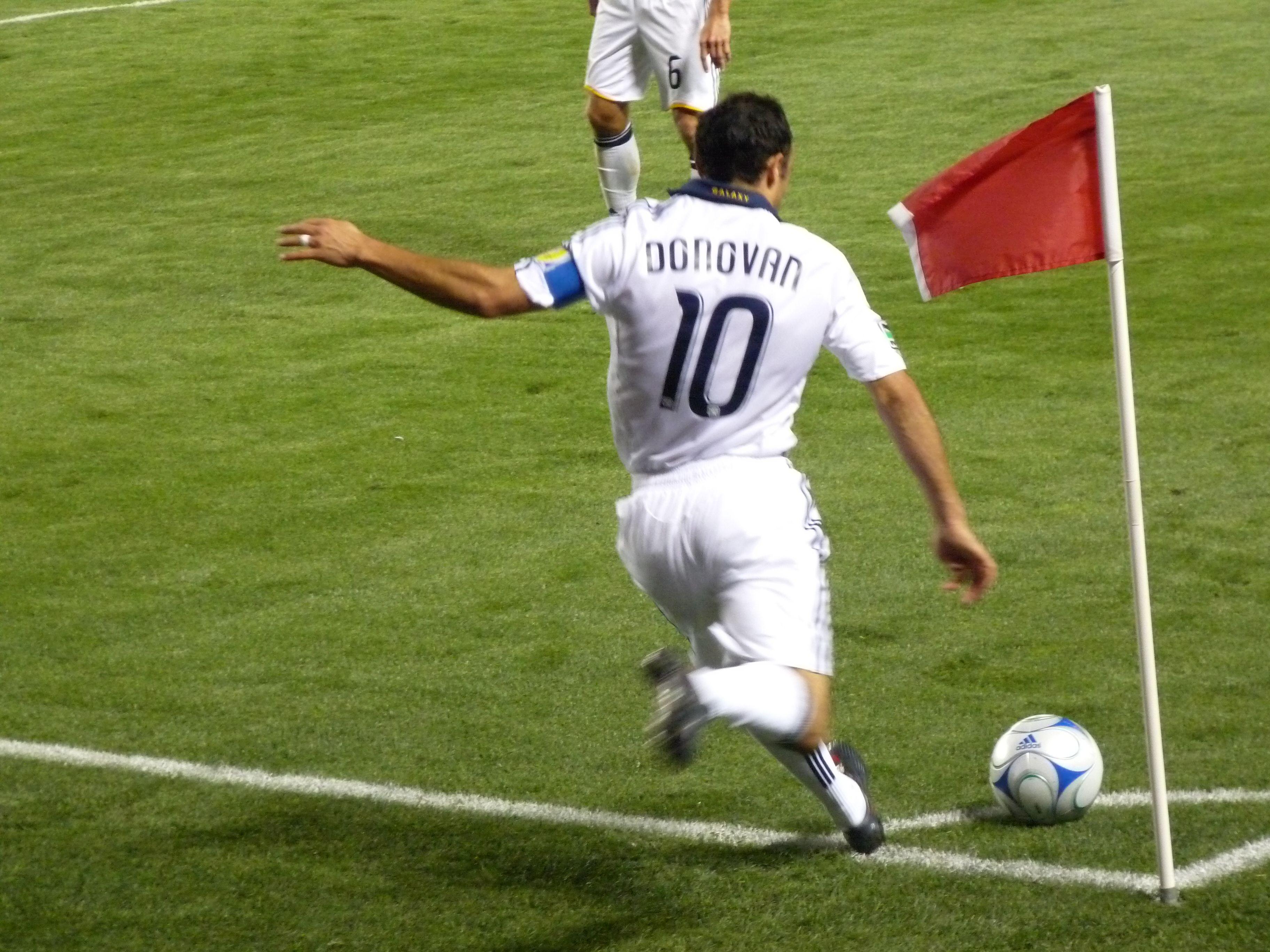 Marcheaza Cate Mai Multe Goluri Din Lovituri De Corner Joaca Acest Campionat De Fotbal Online Pe Echipe Live Soccer Donovan Sports