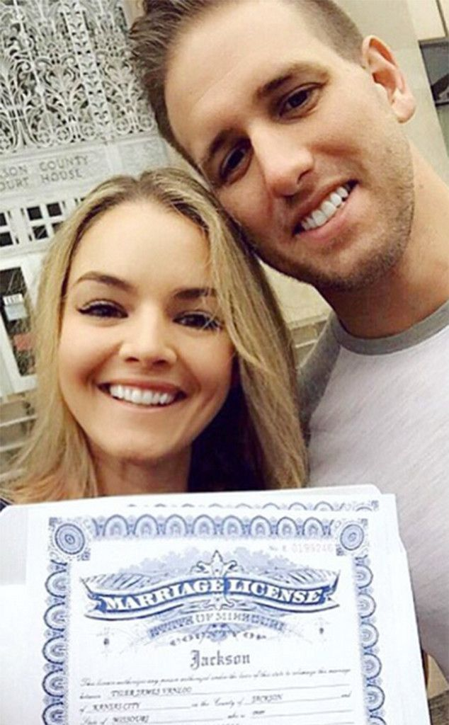 The Bachelor's Nikki Ferrell Is Married!