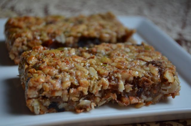 The Tasty Alternative: Chewy Granola Bars (grain free, dairy free, cane-sugar free, SCD friendly)