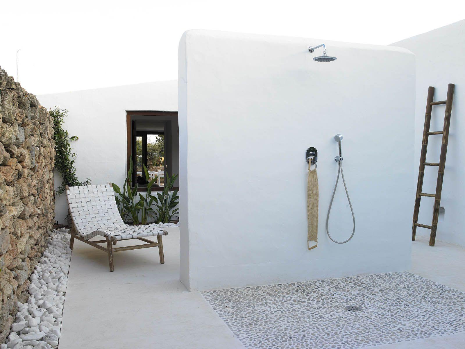 Es canto blakstadibiza ba os de exteriores pinterest - Duchas para terrazas ...