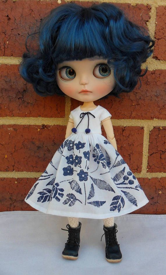 BLYTHE DOLL DRESS --White cotton Navy Print Dress and lace stockings--