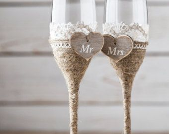 Items Similar To Wedding Gles Set Of 2 Hand Decorated Champagne For Bride And