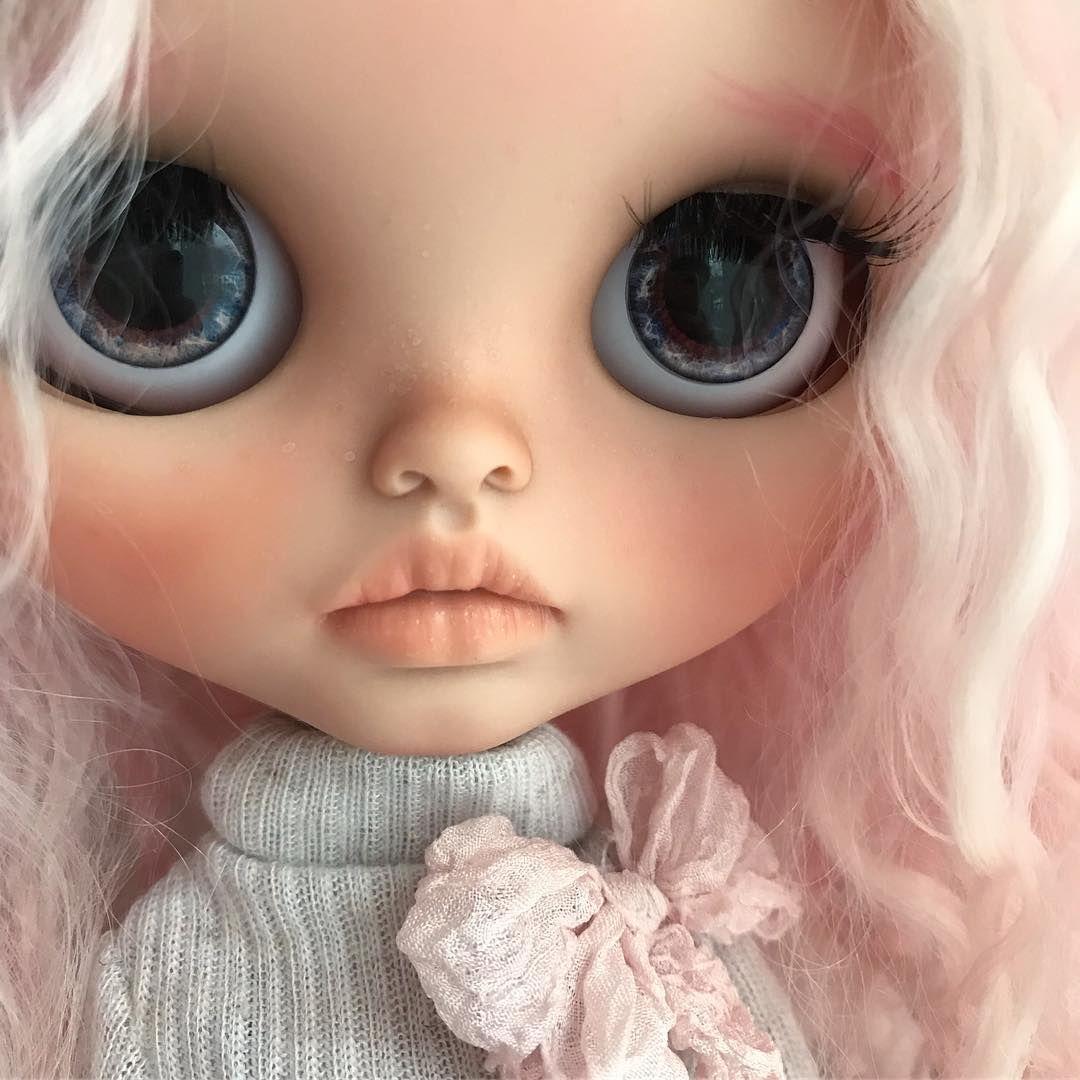 куклы с серыми глазами картинки символом считается
