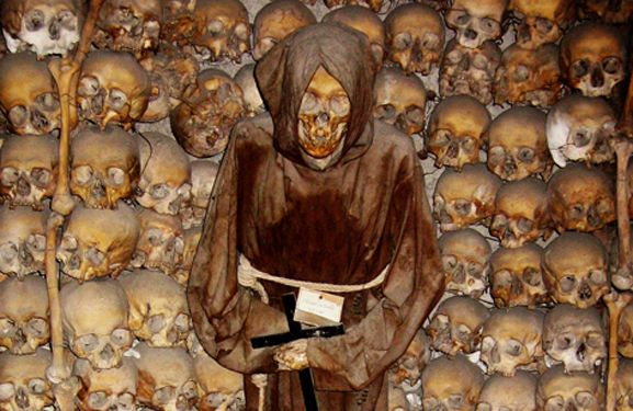 Roman Catacombs, the Eternal City's underground burial ...