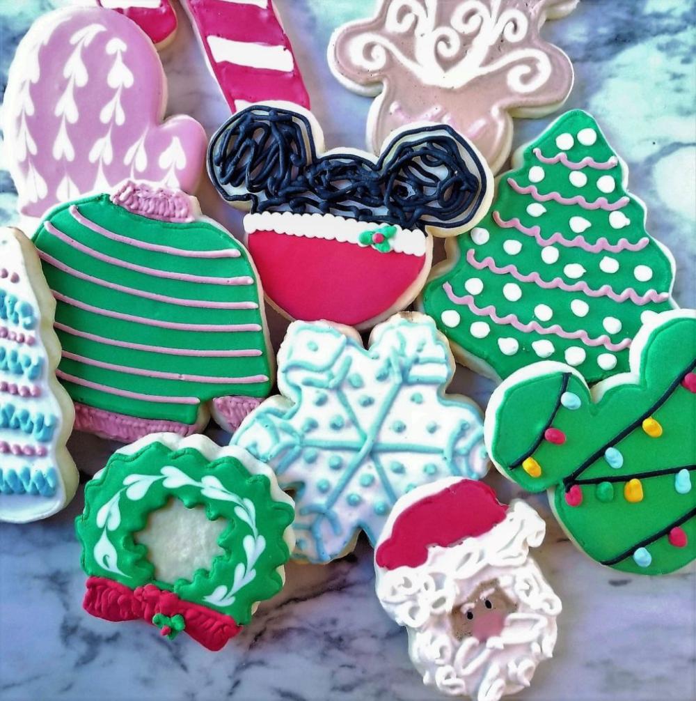 Gluten Free Cutout Sugar Cookies | Let Them Eat Gluten Free Cake #cinnamonsugarcookies