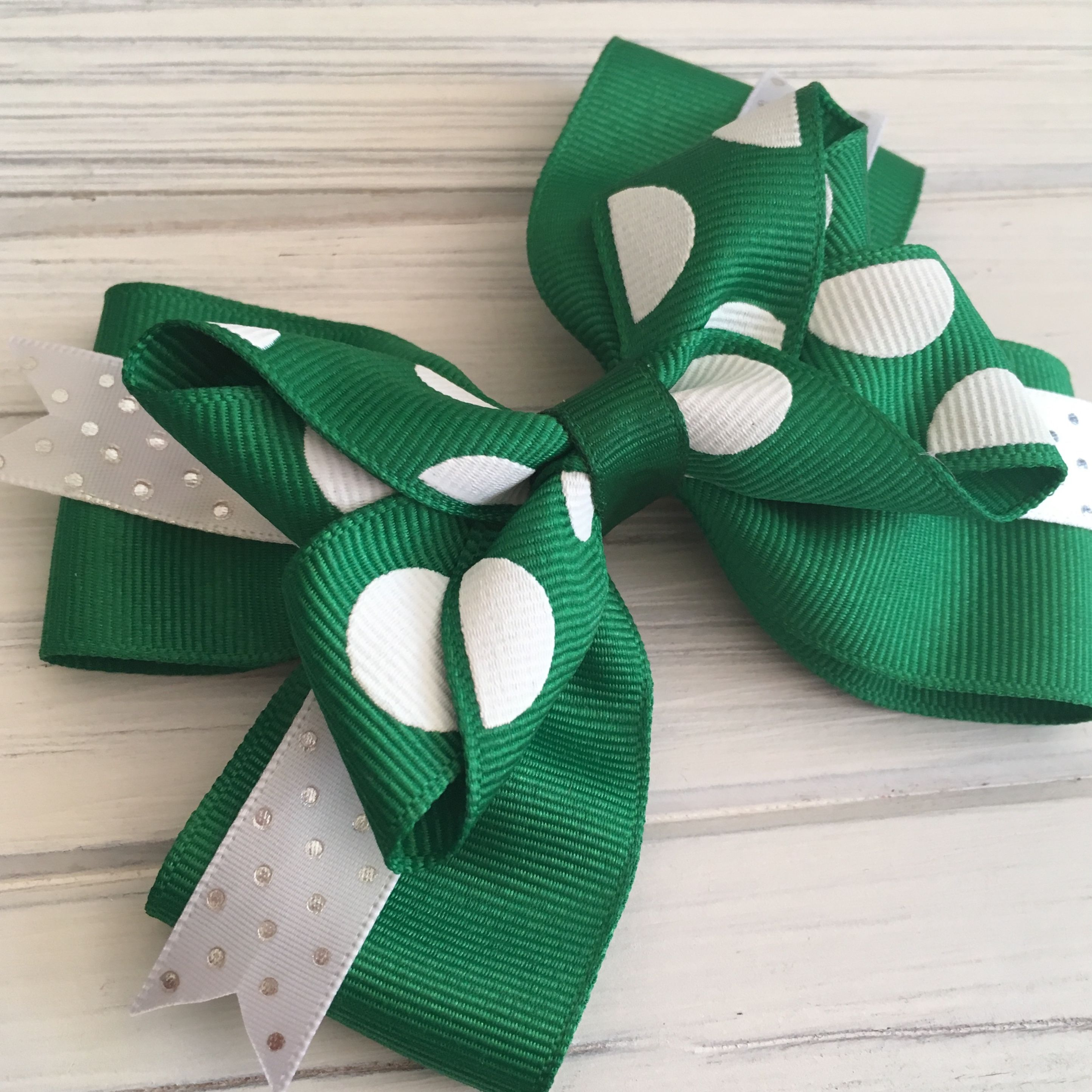 Green Hairbow with White Accents