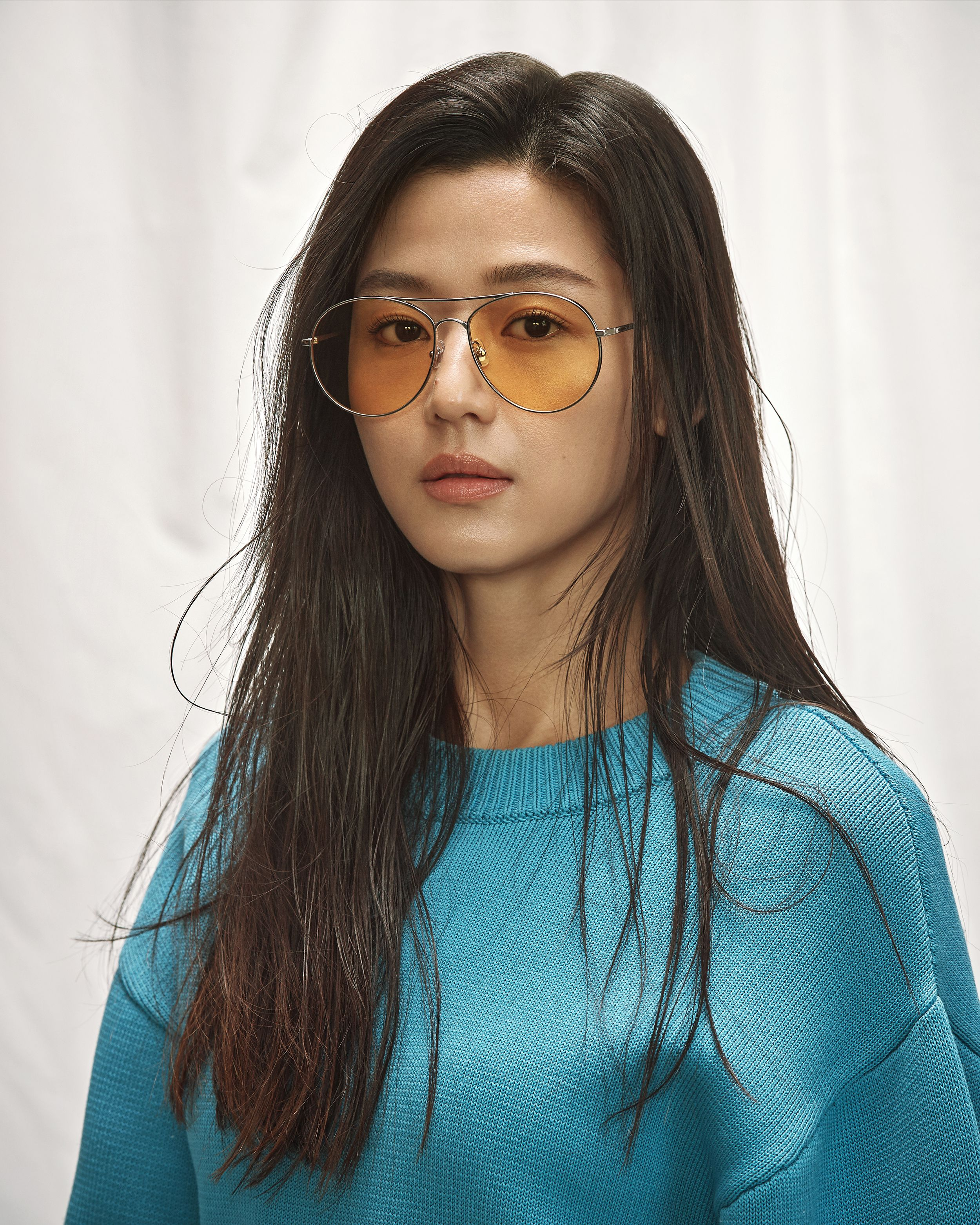 5f6a7369eb3 Special editorial  Jun Ji-hyun wearing  gentlemonster 2017 collection   Ranny Ring
