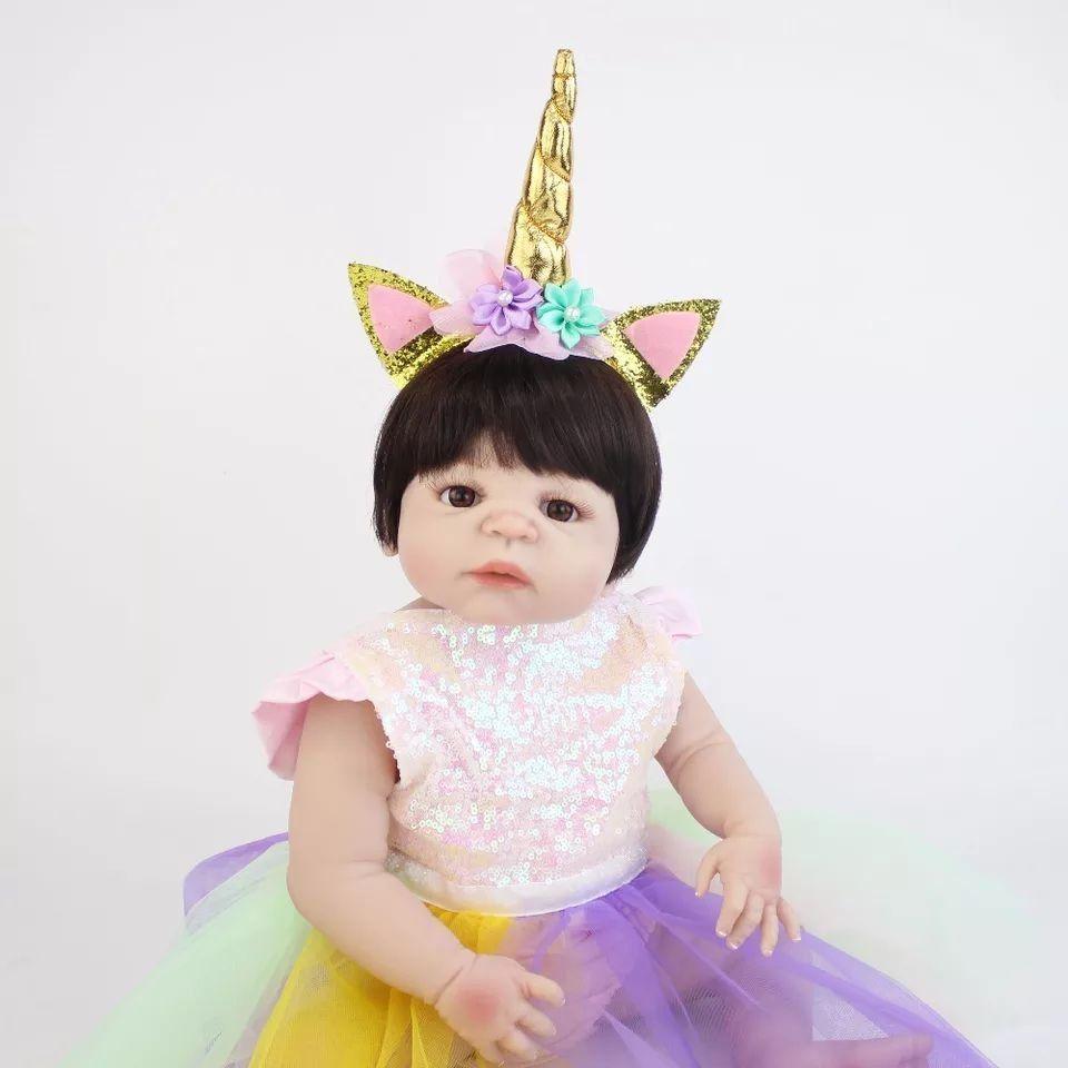 Boneca Bebe Reborn Menina Roupa De Unicornio Inteira De Silicone