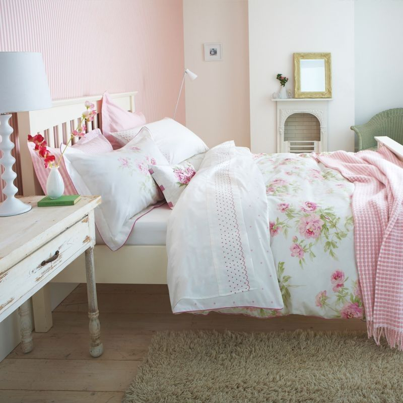Adele (Raspberry)   Two rooms   Pinterest   Adele, Floral bedding ... : sanderson quilts - Adamdwight.com