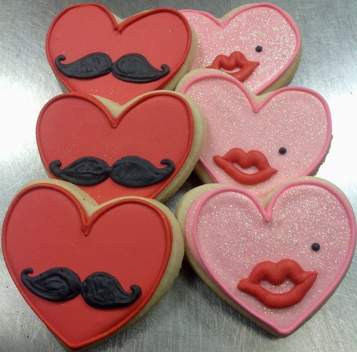 Valentine Cookies Decorated With Kisses And Mustaches For A Cute Sugar  Cookie Dessert Idea. | Valentineu0027s Day Dessert Recipes | Pinterest | Sugar  Cookies, ...