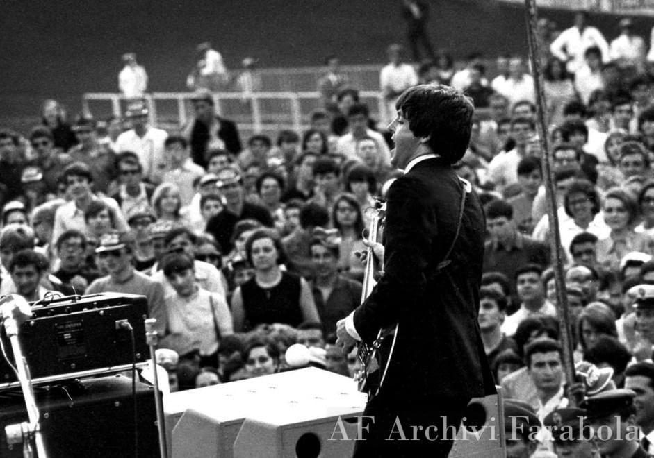 Paul McCartney on stage in Milan