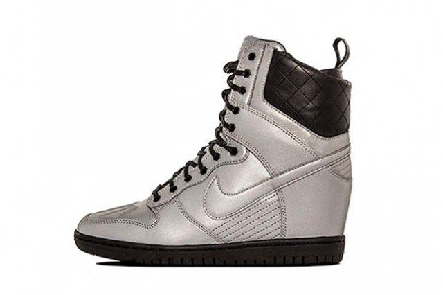 NIKE DUNK SKY HI SNEAKERBOOT PRM (REFLECTIVE SILVER) - Sneaker Freaker