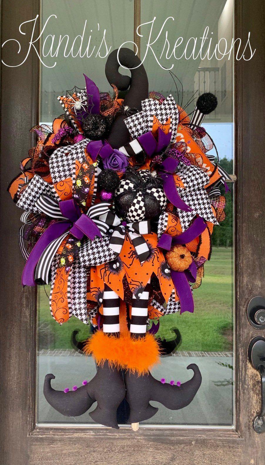 Halloween wreath , witch wreath, spooky wreath, creepy wreath #halloweenwreaths