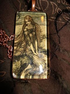 My stuff, my life: Some new pendants... Arthur Rackham