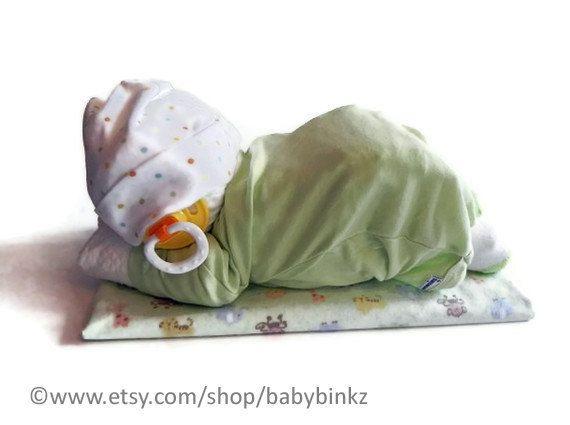 Sleeping Baby Diaper Cake Baby Blanket Bodysuit Hat Socks Pacifier