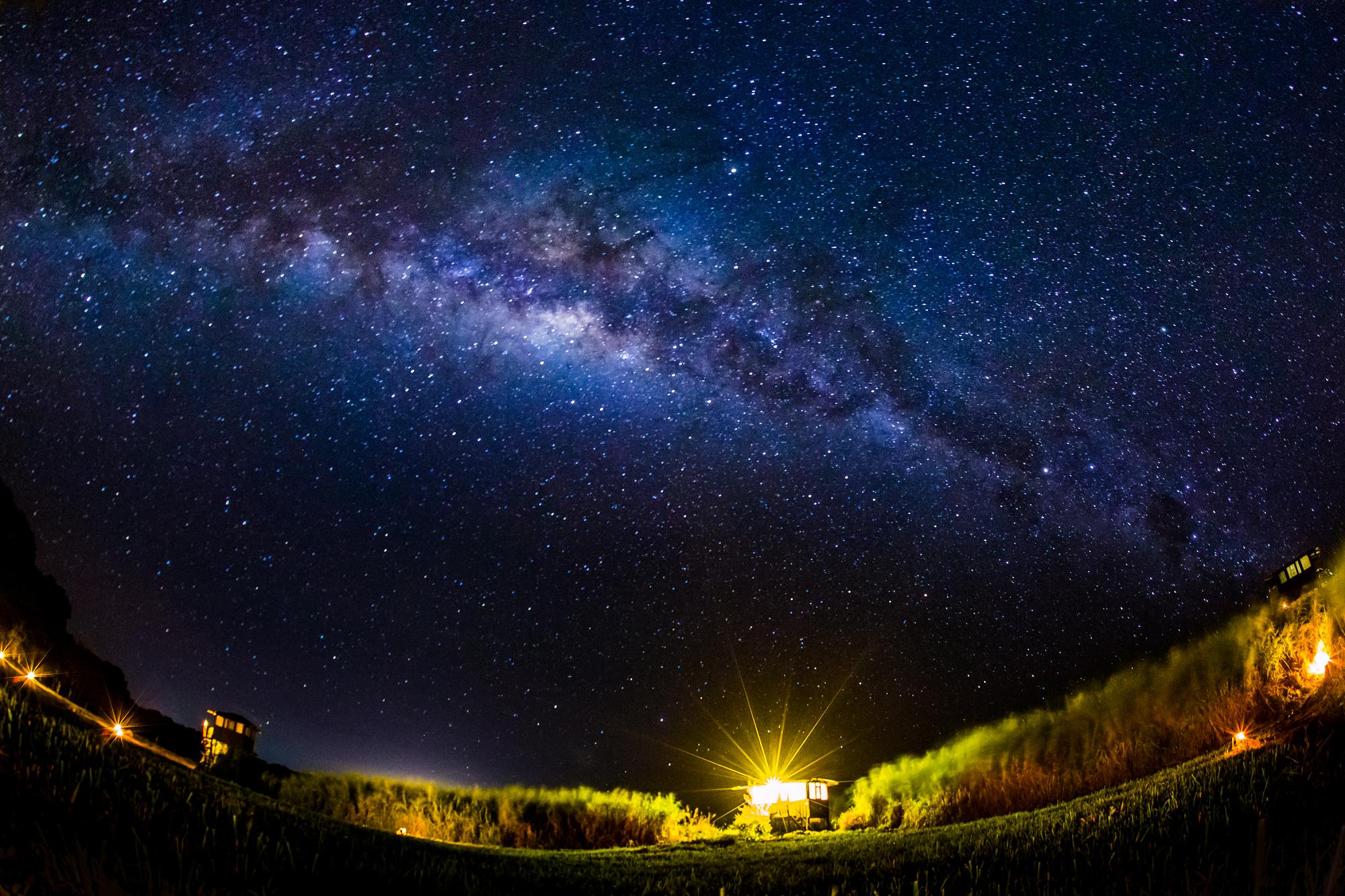 A Sneak Peek At The Galapagos At Night Night Sky Wallpaper Starry Night Wallpaper Night Sky Hd